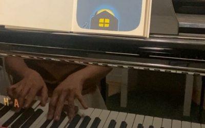 ピアノレッスンでお月見しよう